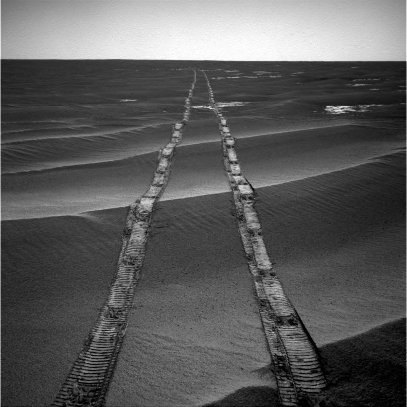 PIA22928-MarsOpportunityRover-BackTrackView-20100804